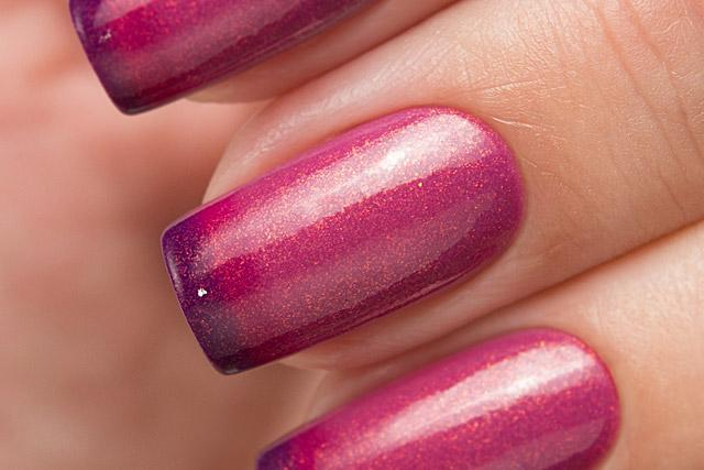 Lollipolish bow polish raspberry pink dark purple Temperature reactive thermal nail polish - Firestarter