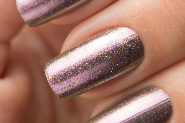 Lollipolish_Bow_Nail_Polish_Cold_Hearts