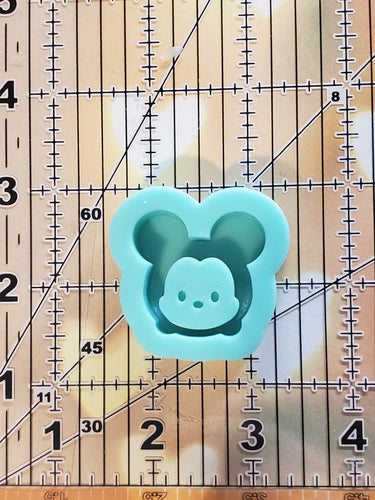 Mickey Grippy Shaker Mold