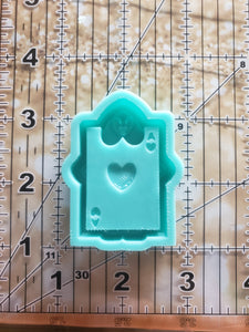 Alice Card Grippy Shaker Mold