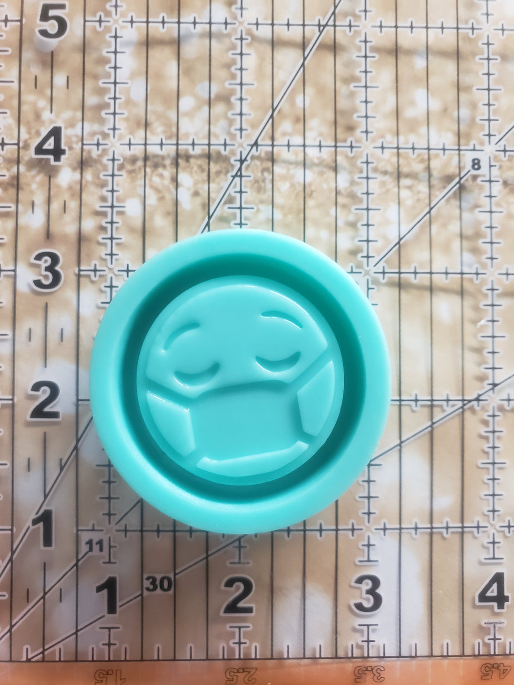 Grippy Silicone Shaker Mold