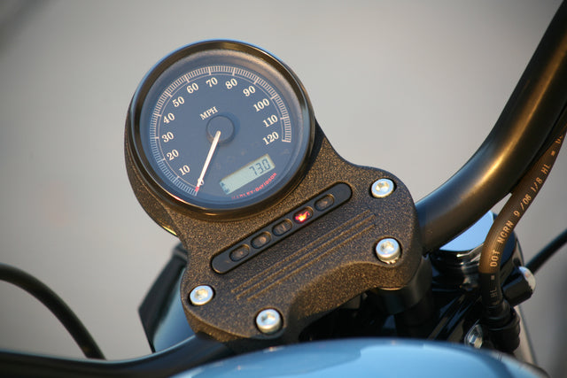 Road Captain Inner Fairing: Compatibility Issue with Top Mounted Speedometers