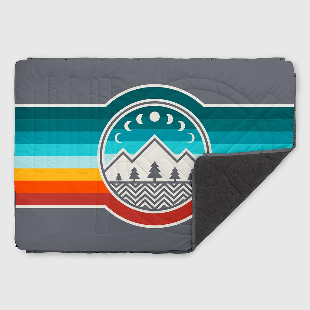 VOITED FLEECE OUTDOOR CAMPING BLANKET CAMP VIBES