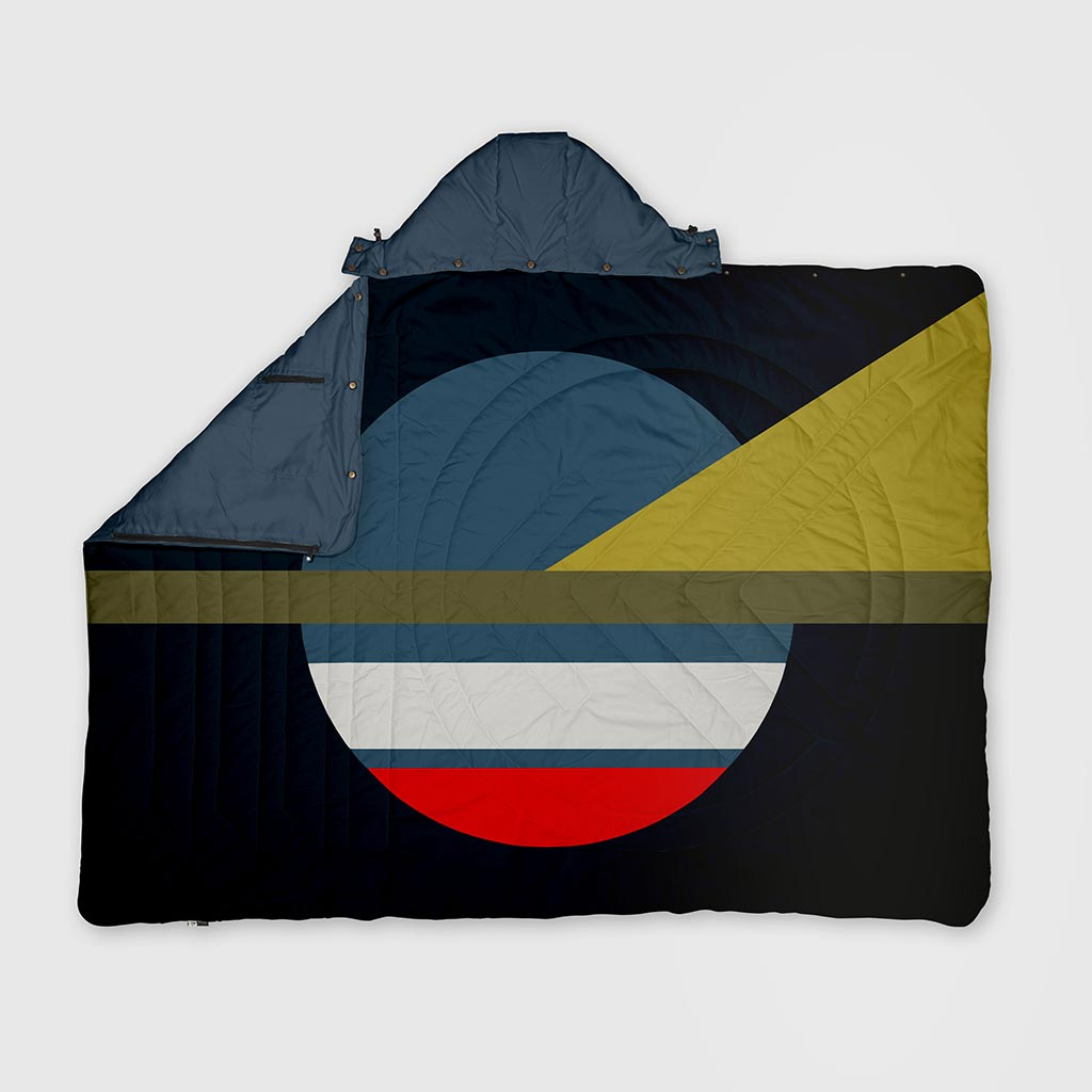 VOITED RECYCLED RIPSTOP TRAVEL BLANKET CAMP VIBES COSMIC NIGHT