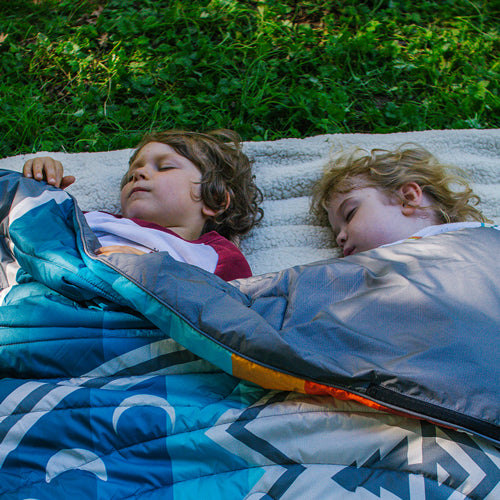 MINI TRAVELER RIPSTOP INDOOR / OUTDOOR CAMPING BLANKET CAMP VIBES
