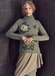 Essential Mock Neck Embroidered Cashmere Sweater
