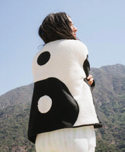 Load image into Gallery viewer, Yin Yang Sweater