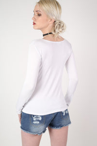 Long Sleeve Scoop Neck Top in White MODEL BACK