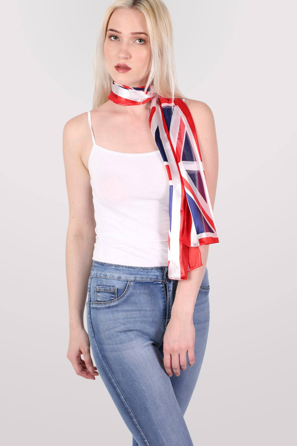 Union Jack Scarf MODEL FRONT