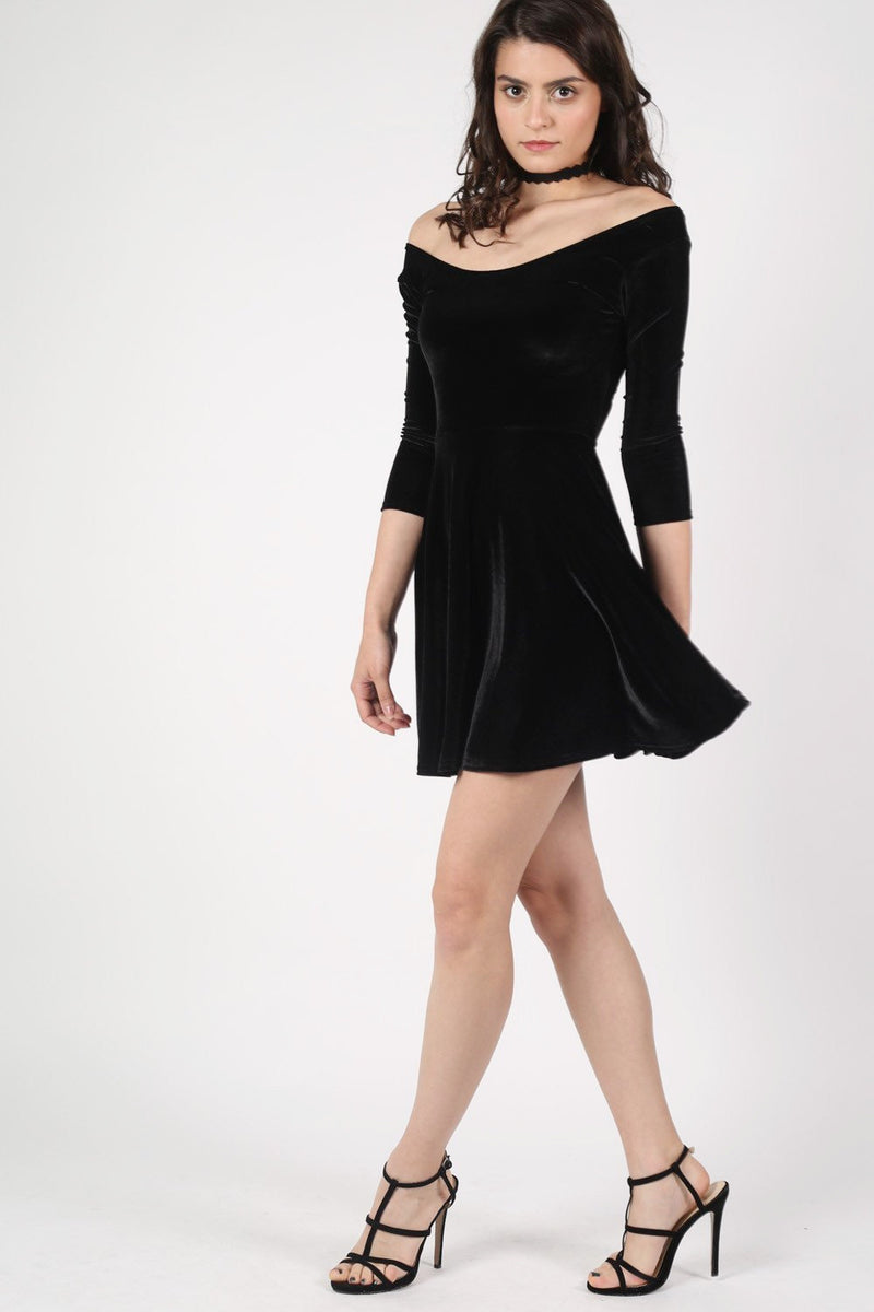 3/4 Sleeve Velvet Skater Dress in Black MODEL SIDE 2