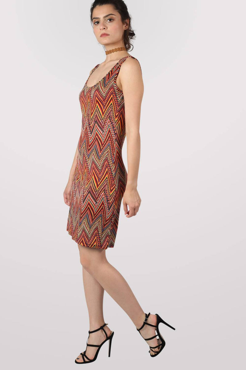 Geometric Print Sleeveless Shift Dress in Claret Red MODEL SIDE