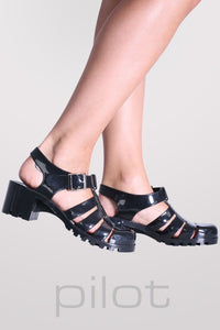 Block Heel Jelly Sandals in Black MODEL SIDE