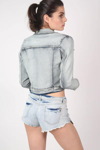 Vintage 2 Pocket Long Sleeve Denim Jacket in Light Denim MODEL BACK
