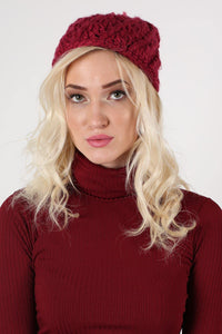 Chunky Knit Pompom Beanie Hat in Claret Red MODEL FRONT