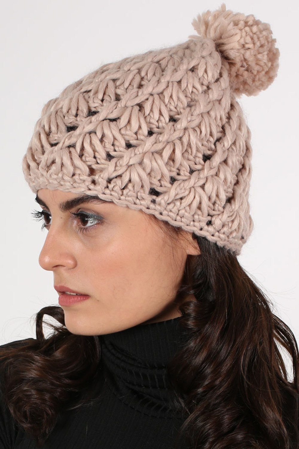 Chunky Knit Pompom Beanie Hat in Pink MODEL SIDE