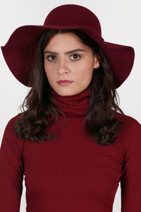 Floppy Self Fabric Band Hat in Wine Red MODEL FRONT 2