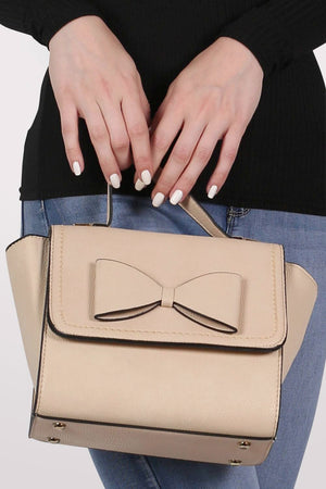 Bow Detail Winged Tote Bag in Beige MODEL FRONT