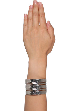 Cut Out Detail Aztec Cuff Bracelet in Silver