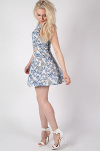 Floral Print A-Line Mini Skirt in Blue MODEL SIDE 2