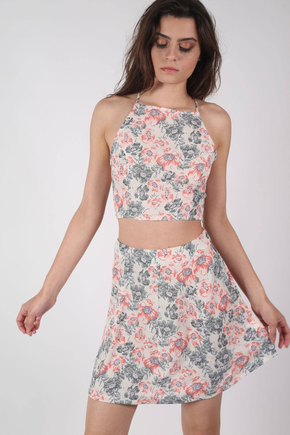 Floral Print Crop Top in Pale Pink MODEL FRONT