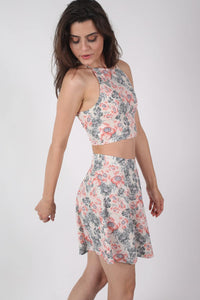 Floral Print Crop Top in Pale Pink MODEL SIDE