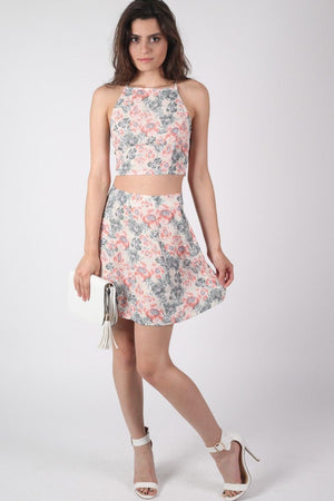 Floral Print Crop Top in Pale Pink MODEL FRONT 2