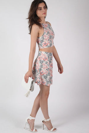 Floral Print Crop Top in Pale Pink MODEL SIDE 2