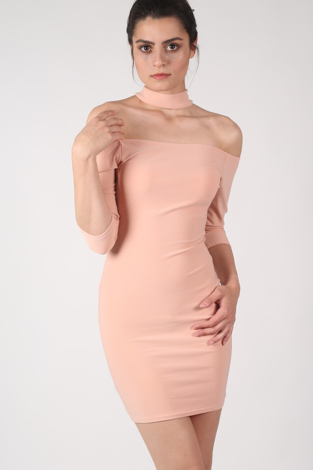 Choker Detail Off Shoulder Bodycon Mini Dress in Dusty Pink MODEL FRONT