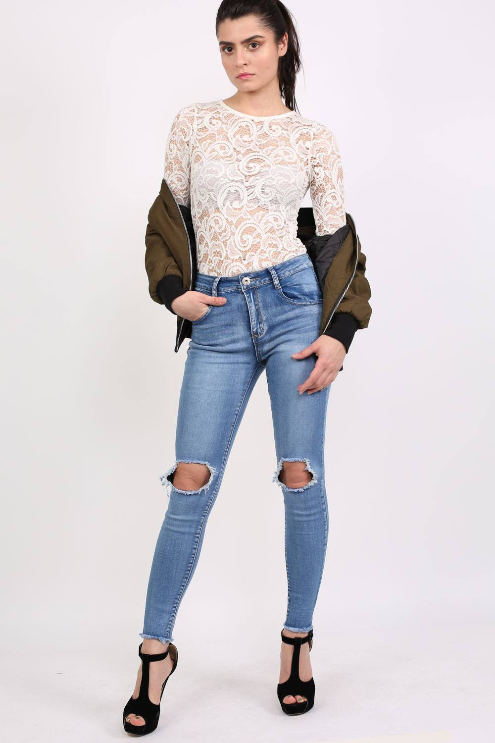 Frayed Hem Ripped Open Knee Skinny Jeans in Light Denim MODEL FRONT