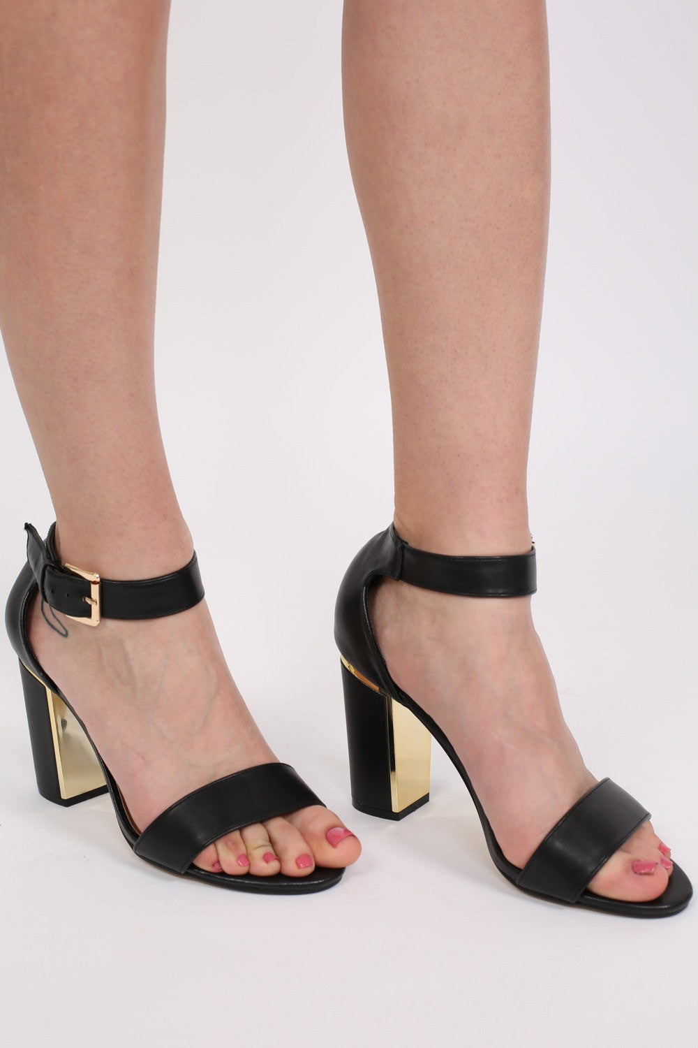 Block Heel Strappy Sandals in Black MODEL FRONT