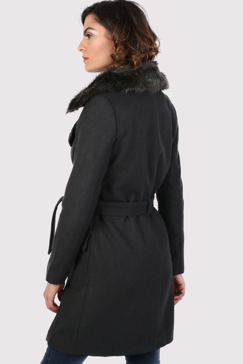 Faux Fur Collar Wool Coat in Black 2