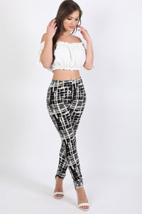 Abstract Check Print Leggings in Black 3