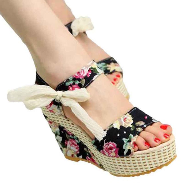 2018 Women's Summer Shoes, Sweet Flowers Buckle, Open Toe Wedge,  Floral High-Heeled Platform Sandals