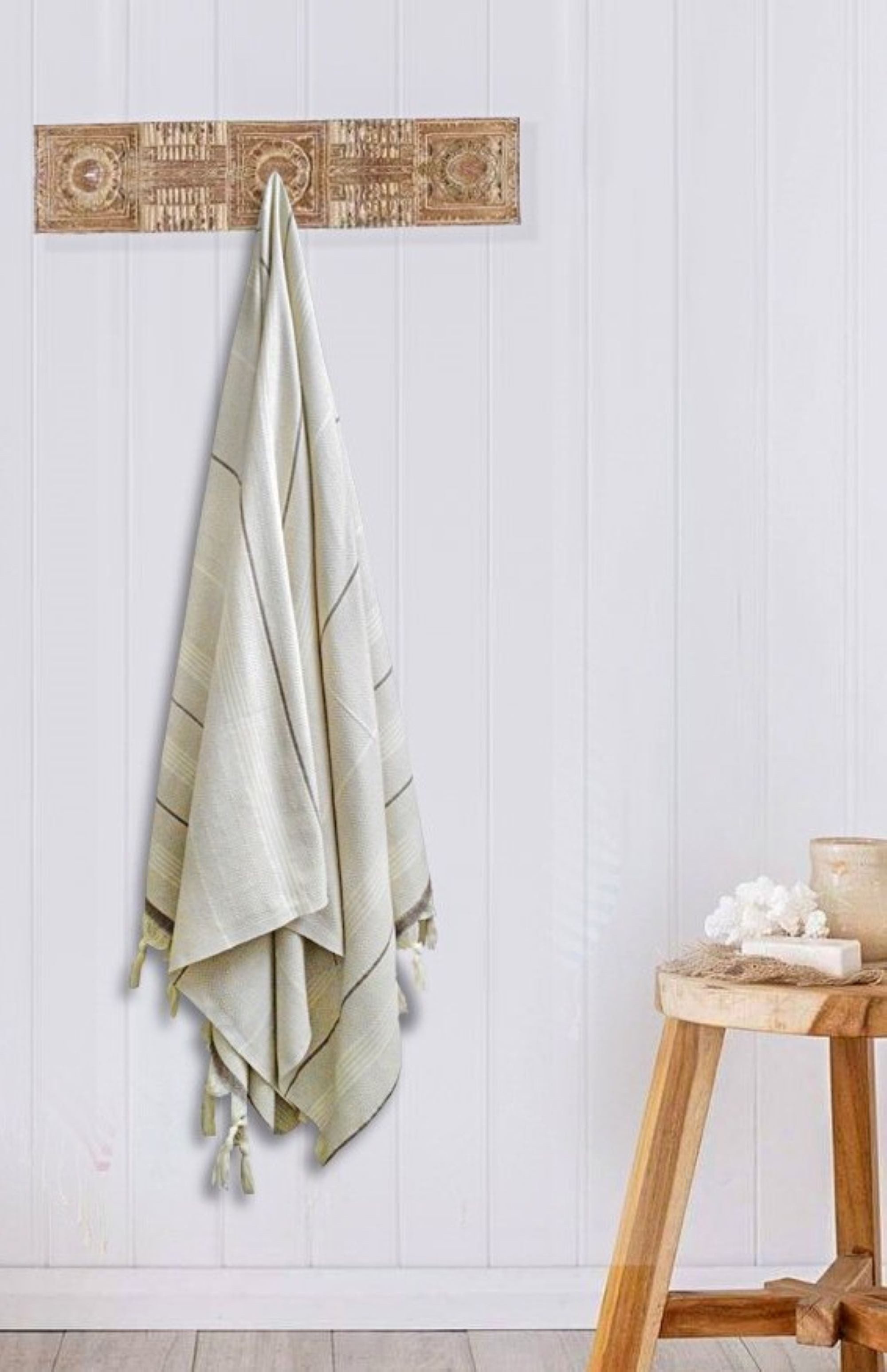 Turkish Peshtemal towel Beige/Brown, hand-embroidered, pure cotton, with a hand-knotted fringe at both ends and long stripes pattern.