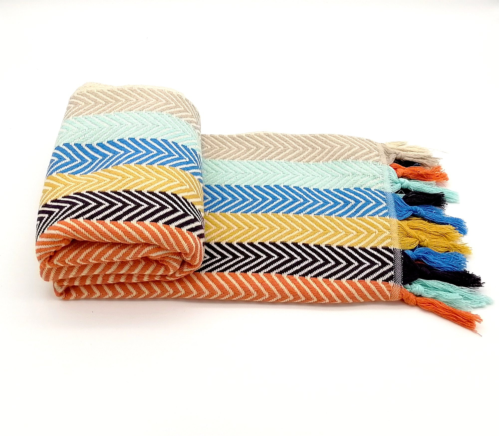 Turkish peshtemal towel, arrow pattern, Lightweight, highly absorbent, quick-drying feature, adorned with fringes on both ends.