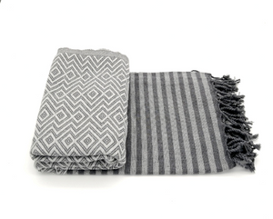 Turkish towel Sultan silver, lightweight, loomed with pure cotton in yarn-dyed stripes and edged with hand-knotted fringes at both ends.