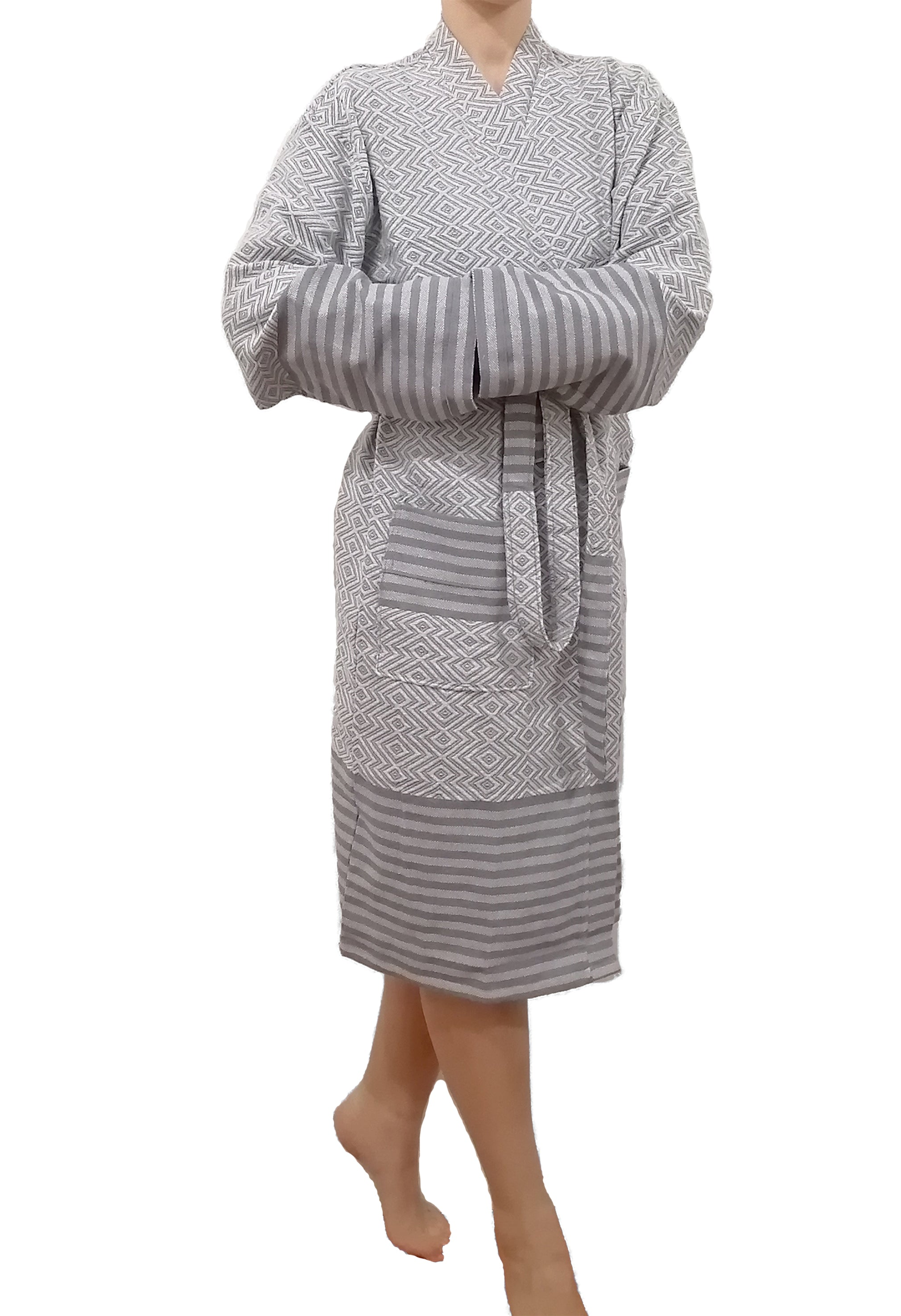 Turkish robe sultan silver made with the finest quality Turkish cotton, super soft, lightweight Turkish towel robes, Perfect for drying off and staying warm, superior absorbency.it is with arrow pattern.