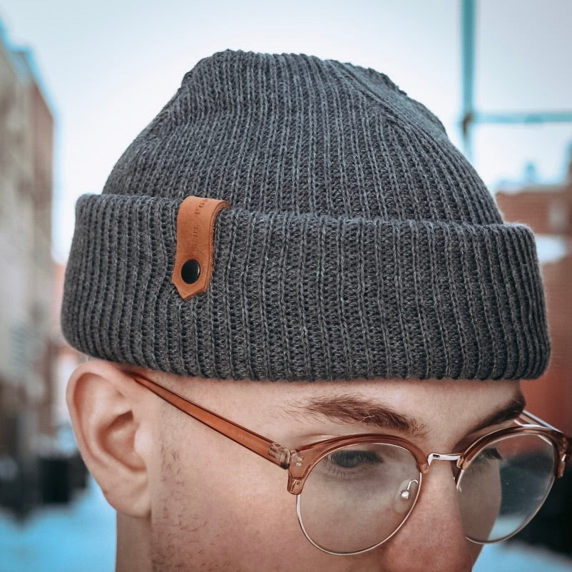 Davis Beanie - Charcoal - The Populess Company