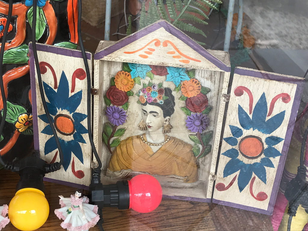 HAND CARVED FRIDA KAHLO HOUSE
