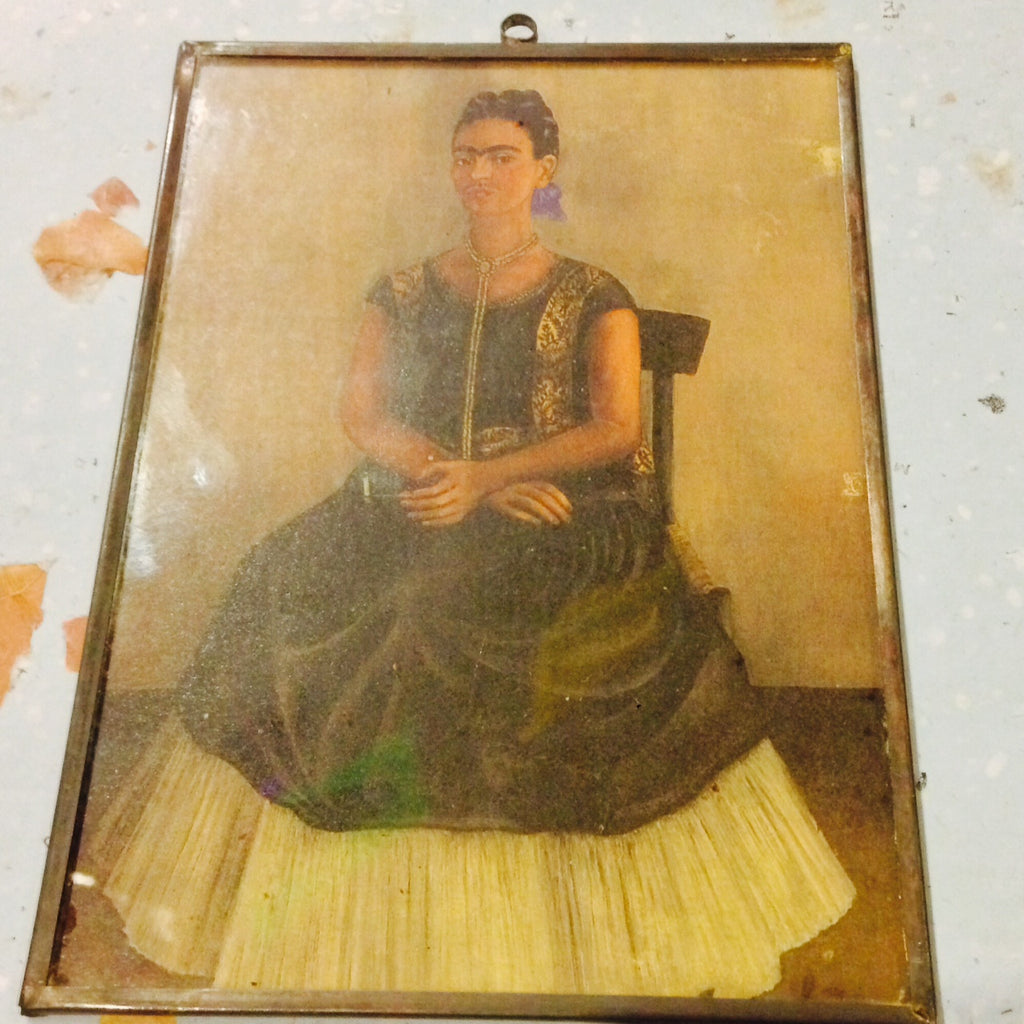 FRIDA RELAXIN' COPPER FRAME