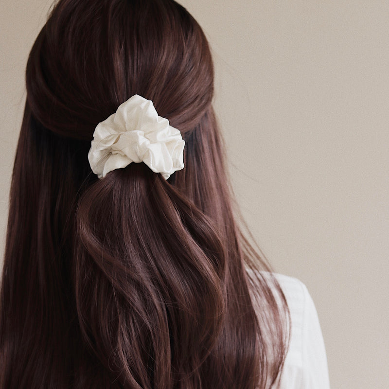 Luxe Pure Silk Hair Scrunchie - Ivory - Nice Cream London
