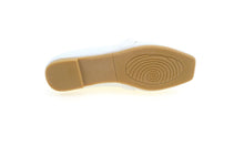 Load image into Gallery viewer, Women Slip On Flats (33948T)