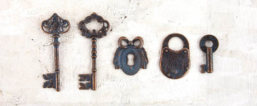 Metal Patina Trinkets - Keys