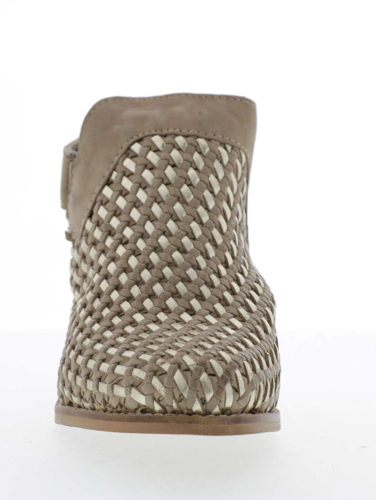 SANDARA, women's BOOT, Volatile USA