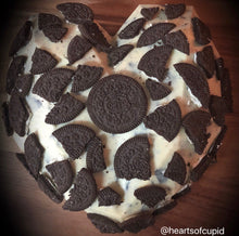 Load image into Gallery viewer, White chocolate and Oreo heart