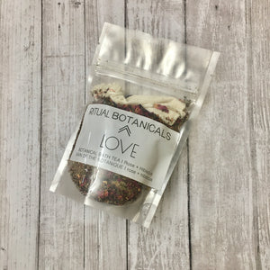 The LOVE bath tea pouch