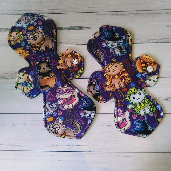 Elegance Cloth Pad Sewing Pattern - 7 Inch - 2.5 inch snapped width - Daisy & Bird