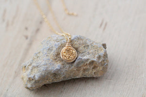 Baby Bezel Pendant Necklace - Gilded Gold
