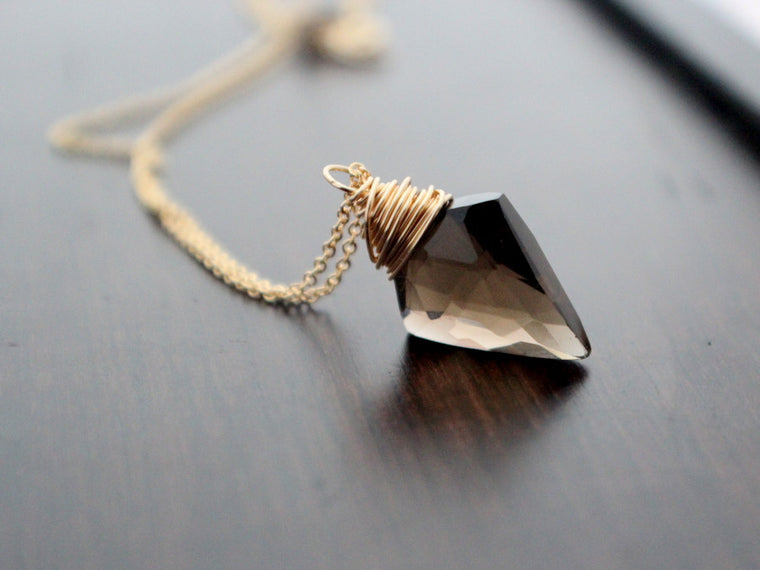 Arrow Necklace (Multiple Colors Available)