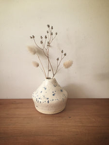 bud vase 52 - one of a kind - toi toi speckle